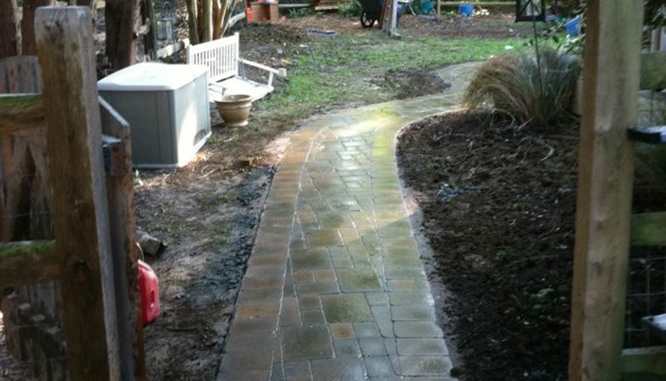 Pavers – Backyard
